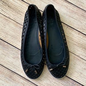 Tory Burch skylar navy blue sneakers. 8.5